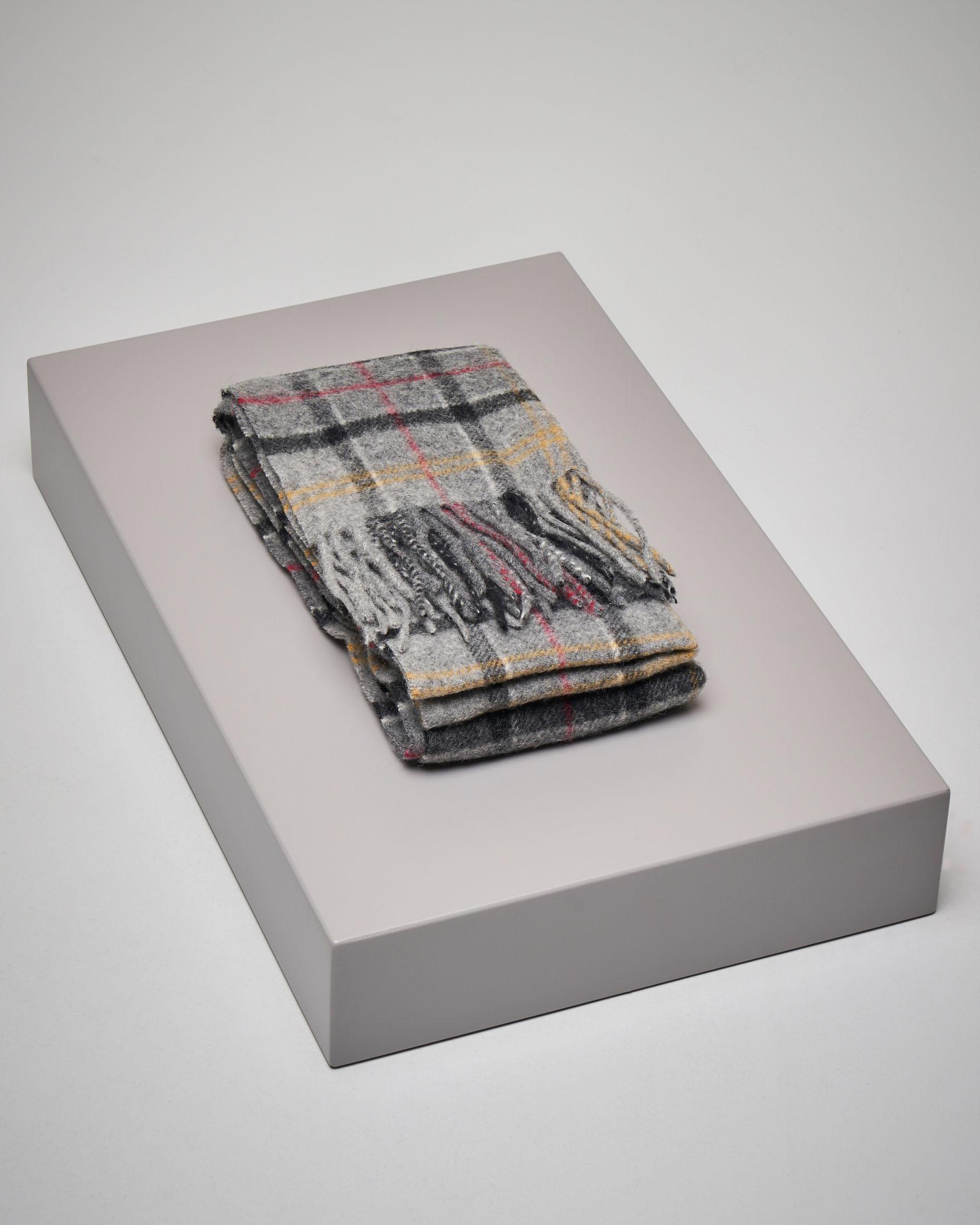 Sciarpa tartan check grigia in lana