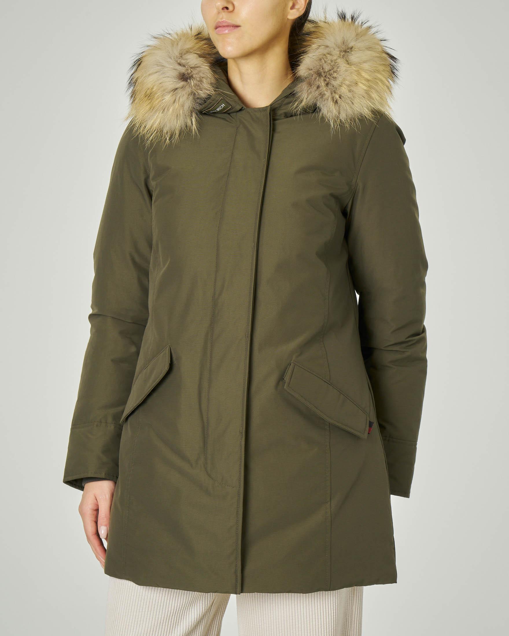 W'S Arctic Parka Fr verde militare con cappuccio con bordatura in pelliccia staccabile