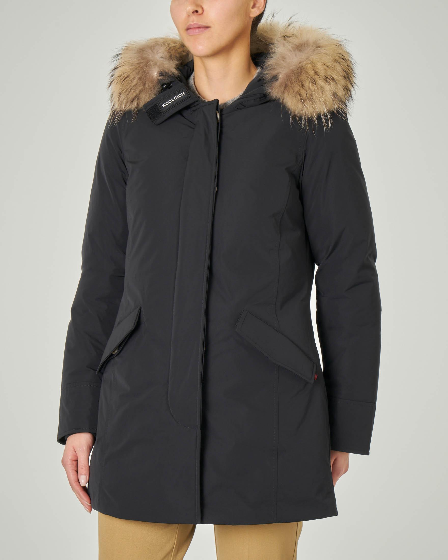 W'S Luxury Arctic Parka nero con cappuccio con bordatura in pelliccia staccabile