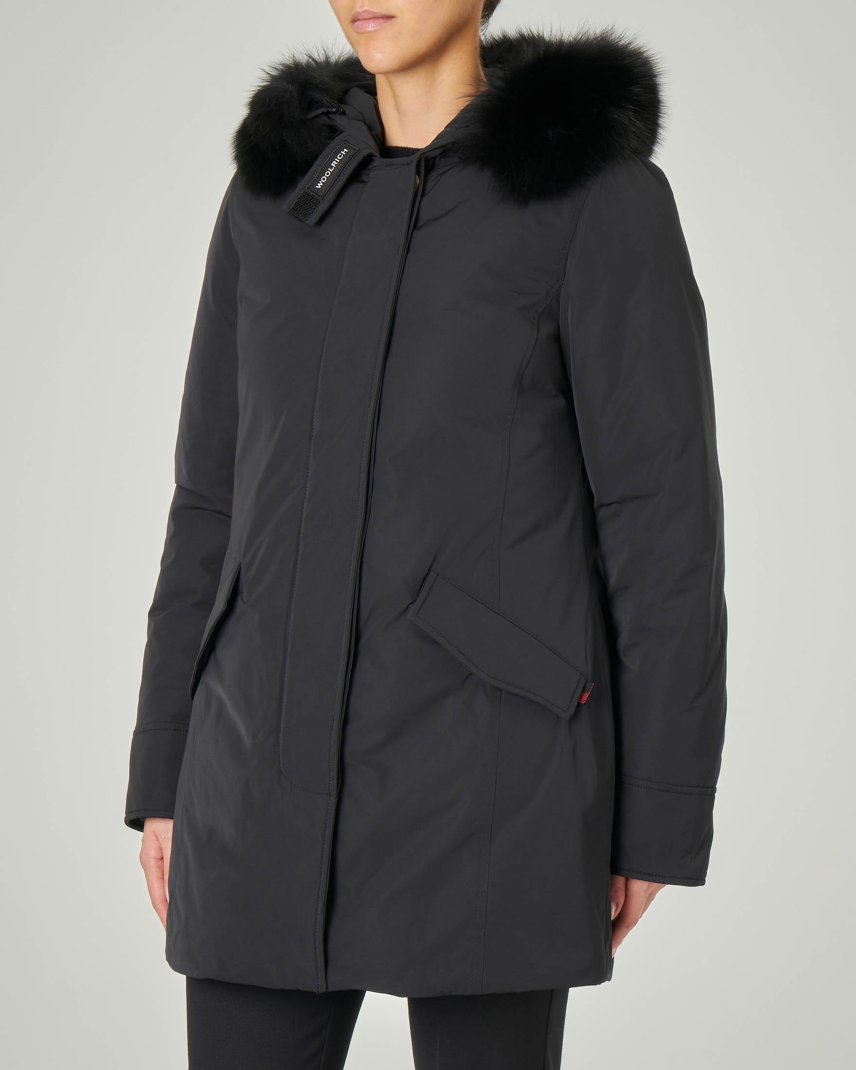 W'S Luxury Arctic Parka Fox nero con bordatura in volpe