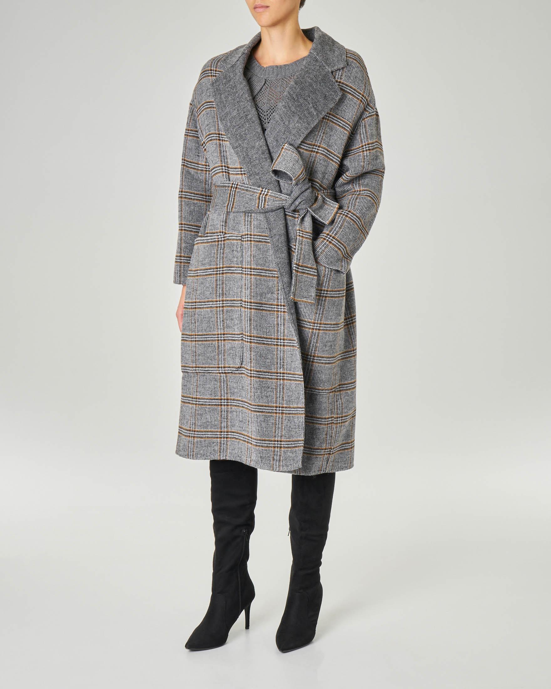 Maxi cappotto reversibile a fantasia check e grigio tinta unita con cintura in vita