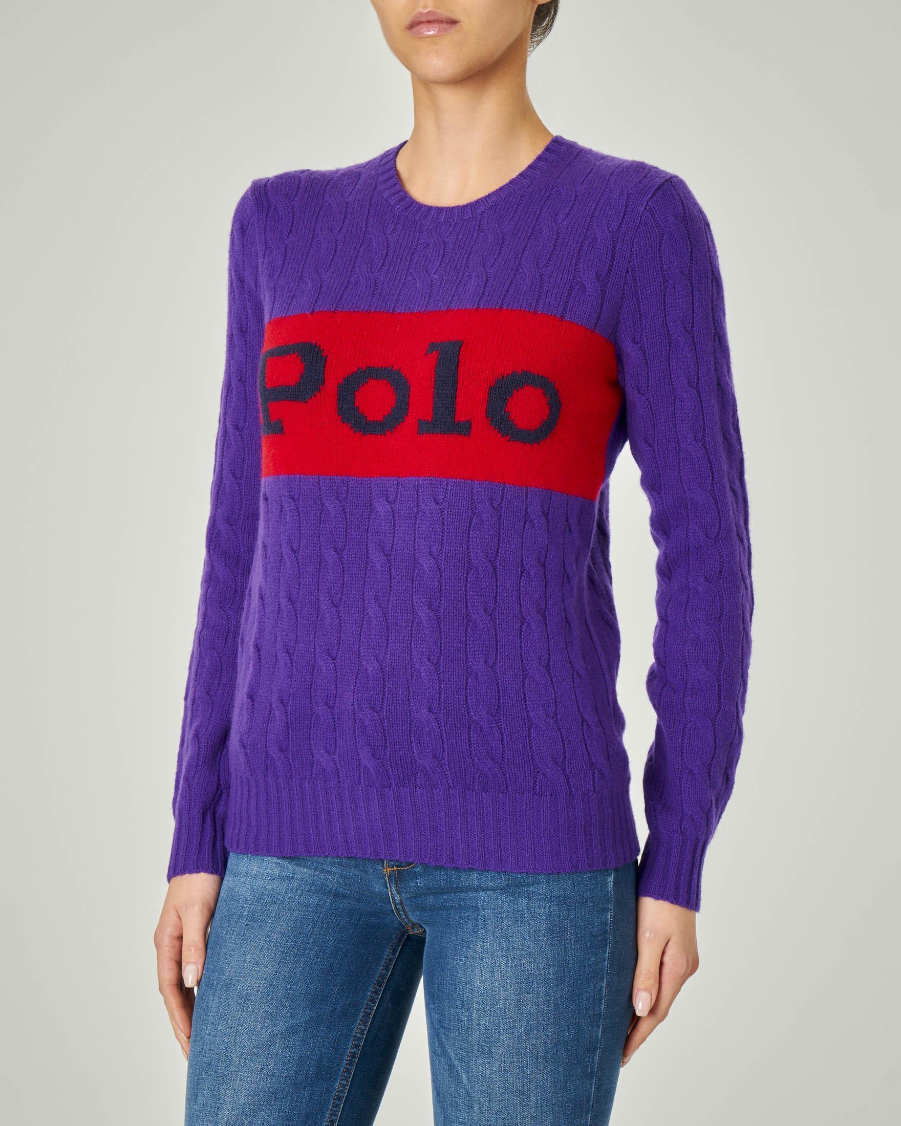 Maglia viola in lana e cashmere con motivo a trecce con banda rossa con scritta logo