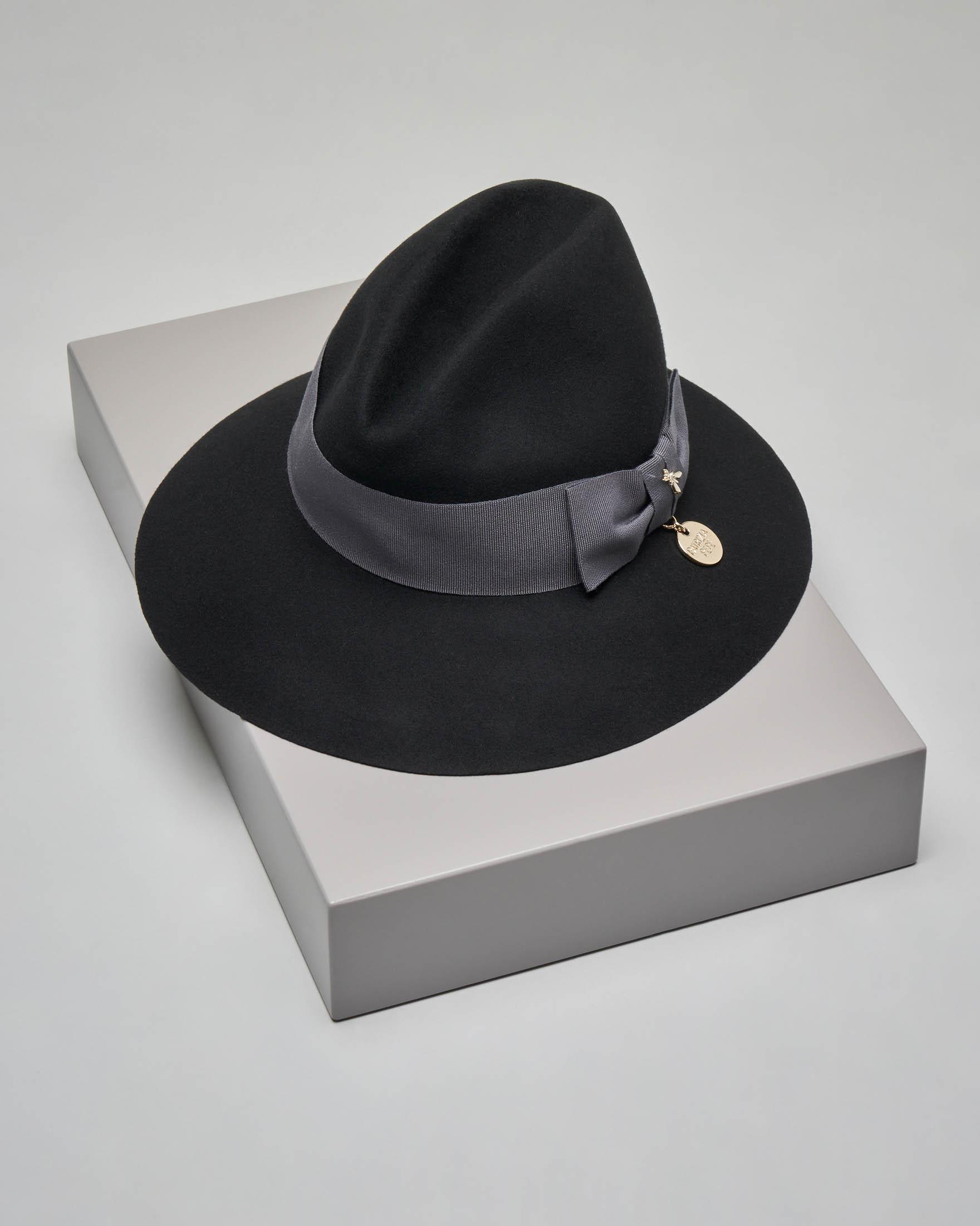 Borsalino nero in lana con gros grain con fiocco tono su tono