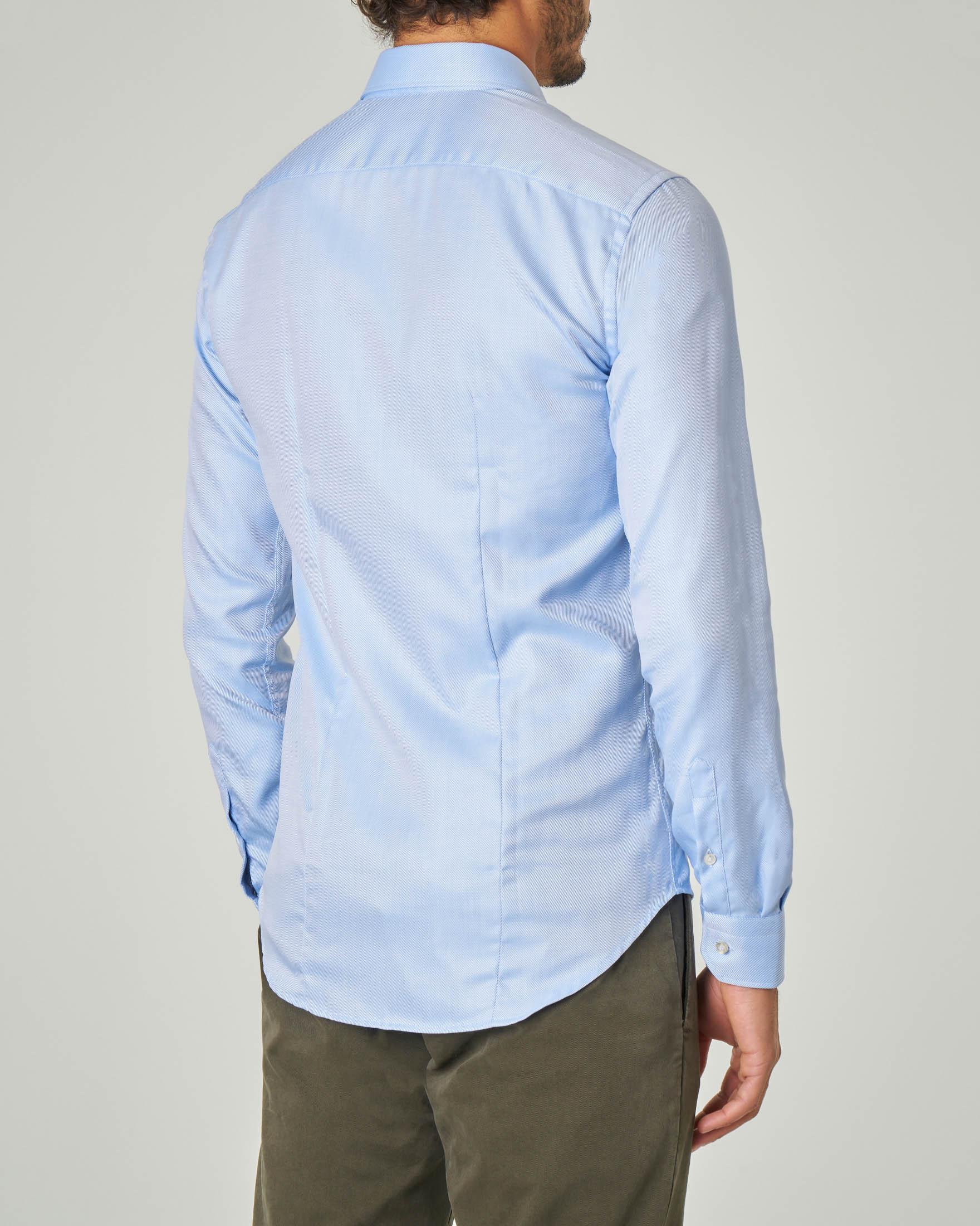 Camicia azzurra micro-armatura con collo alla francese