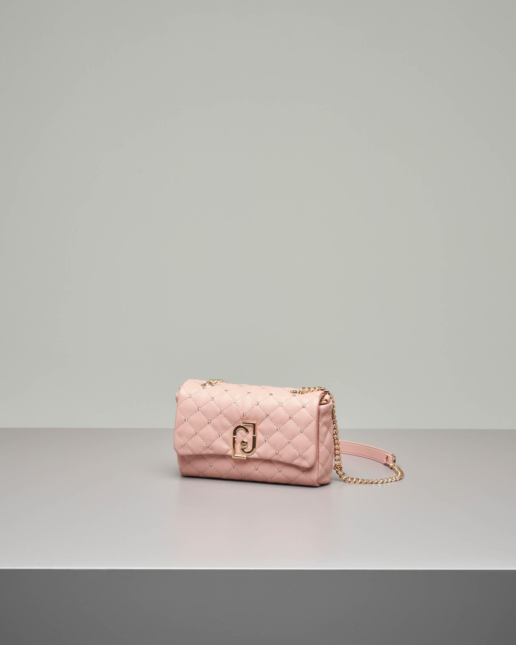 Borsa rosa cipria misura piccola in ecopelle effetto nappa matelassè con strass applicati e tracolla a catena | Pellizzari E commerce