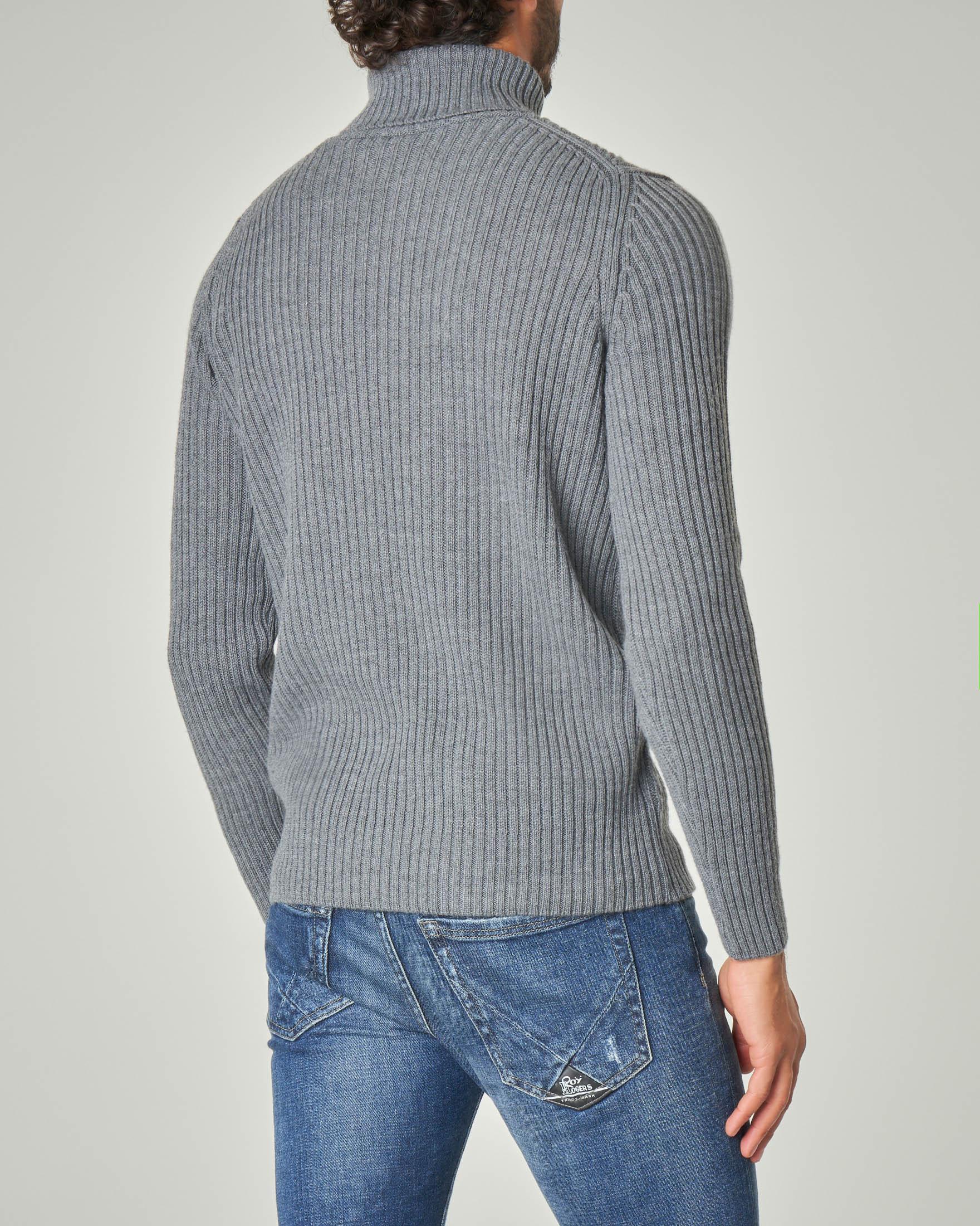 Dolcevita grigio in misto lana merino a coste