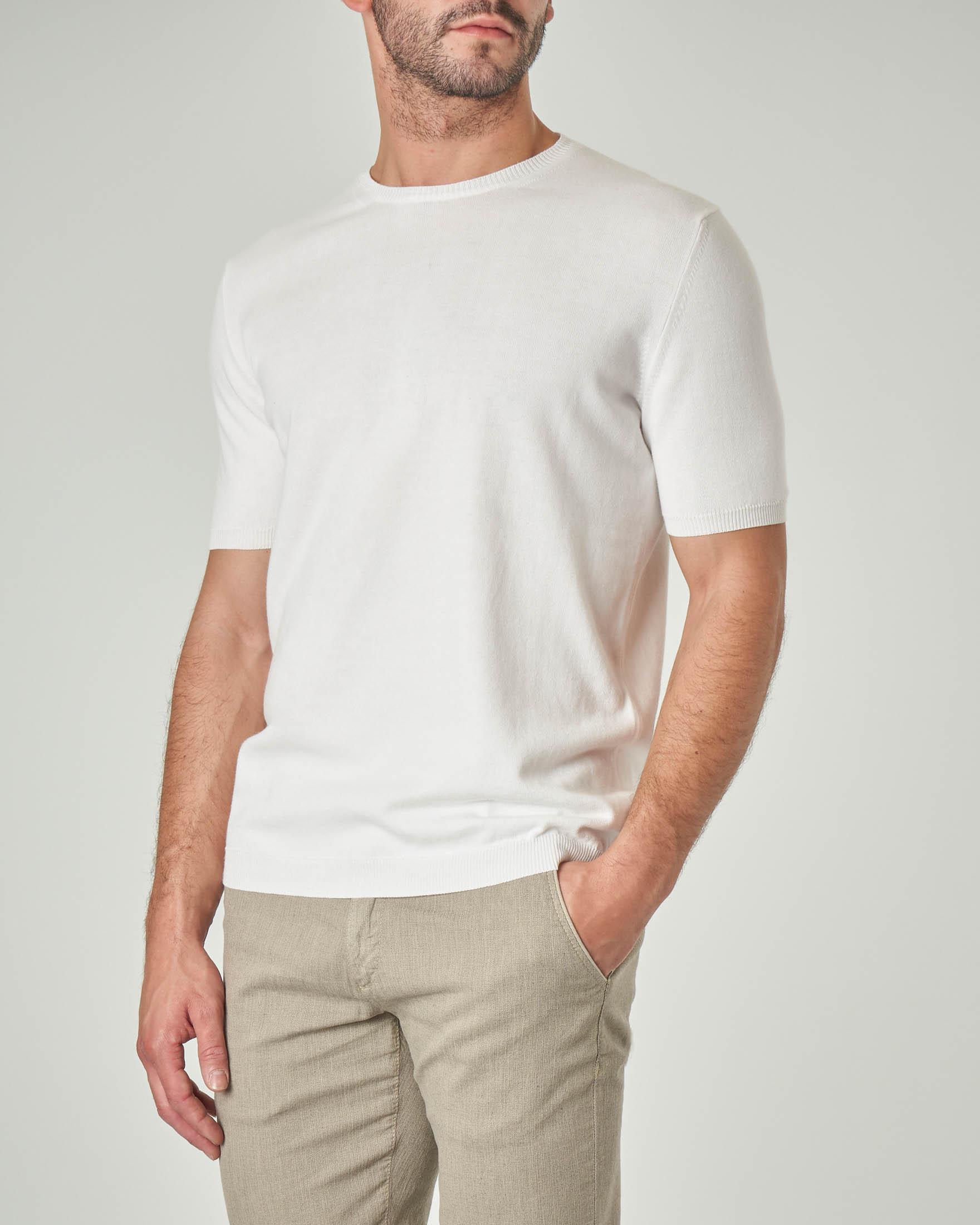 Maglia bianca a manica corta in cotone