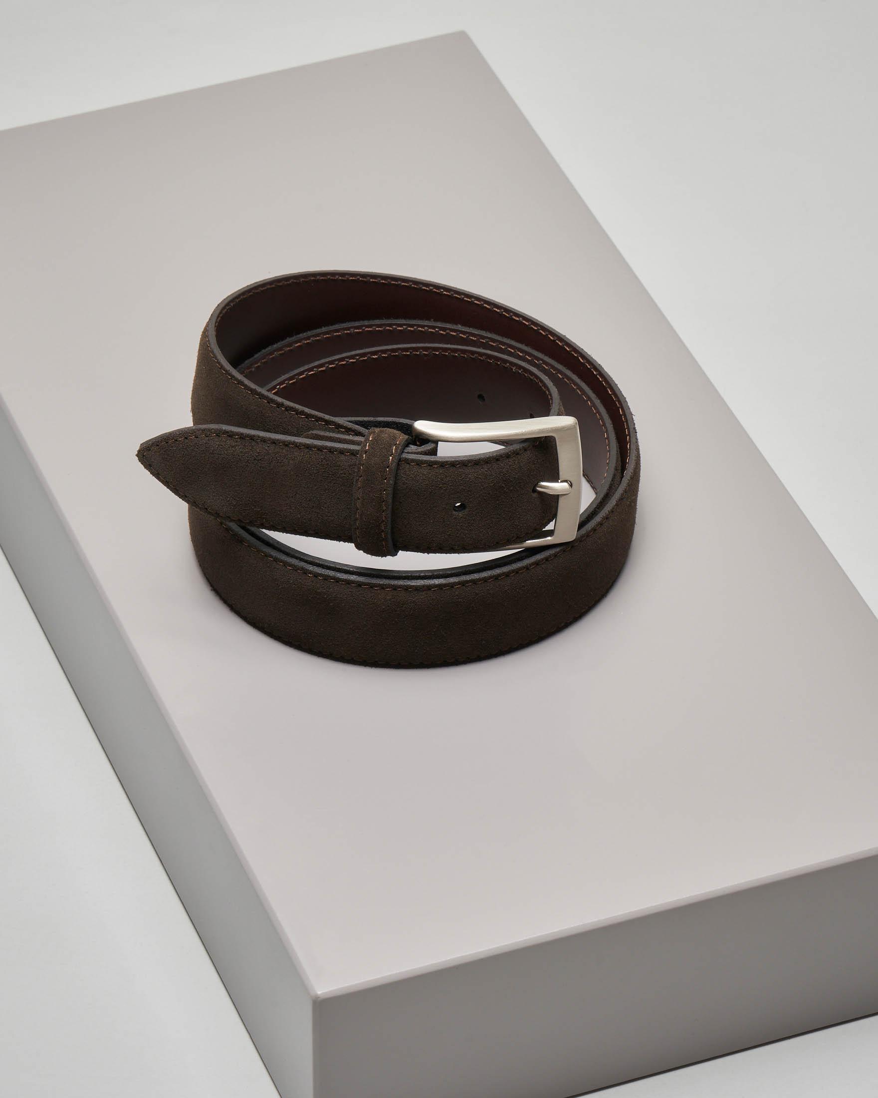 Cintura marrone in pelle scamosciata