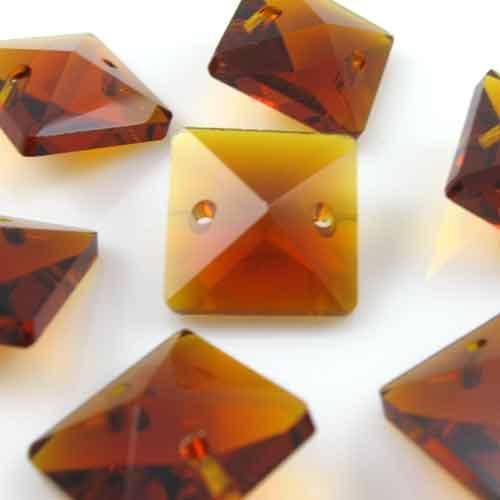 Quadruccio 14 mm ambra caldo cristallo vetro sfaccettato 2 fori