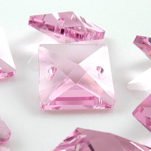 Quadruccio 16 mm rosa cristallo vetro sfaccettato 2 fori