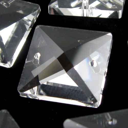 Quadruccio 18 mm colore puro trasparente cristallo vetro sfaccettato 2 fori