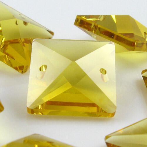 Quadruccio 18 mm giallo cristallo vetro sfaccettato 2 fori