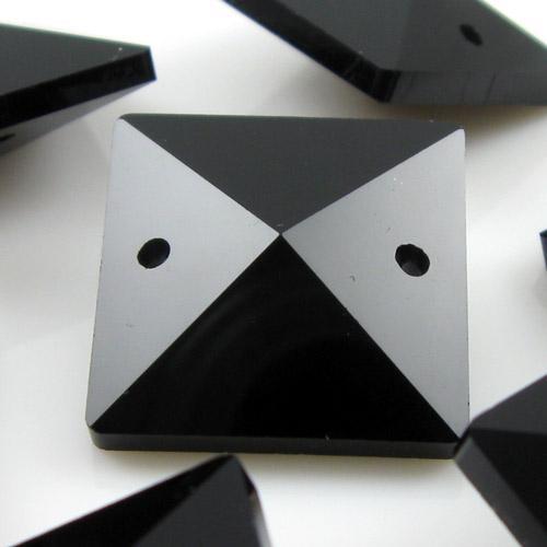 Quadruccio 20 mm nero lucido cristallo vetro sfaccettato 2 fori