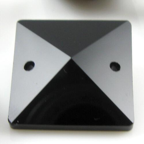 Quadruccio 22 mm nero lucido cristallo vetro sfaccettato 2 fori