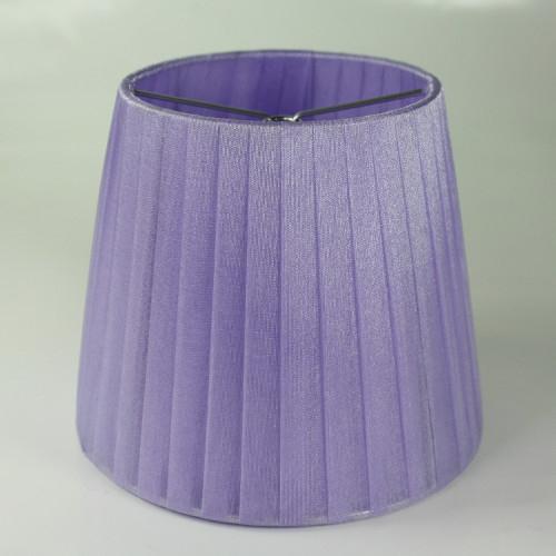 Paralume 14x10x12 cm tronco conico rivestito da organza viola. Montatura argento attacco a molla.