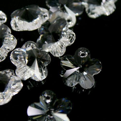 Pendaglio Fiore Swarovski taglio a raggera da 14 mm color cristallo - 6744 -