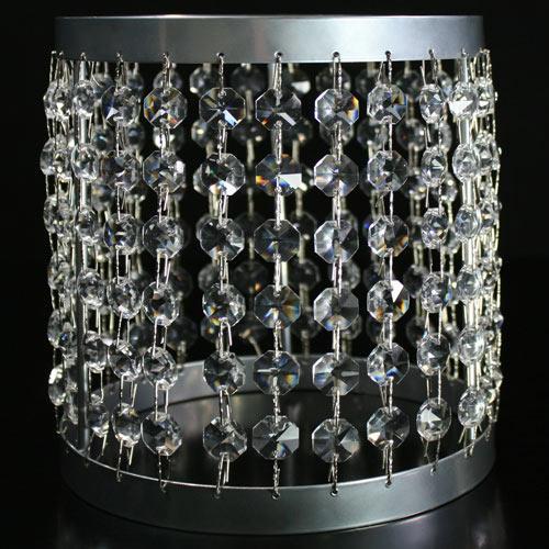 Portacandela lanterna cromo con catene di ottagoni in cristallo Ø16 x h18 cm.