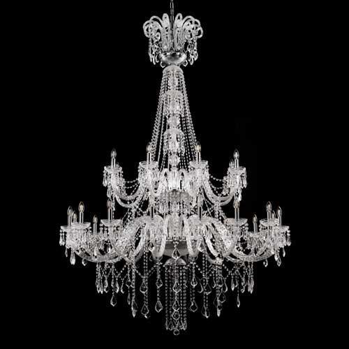 Grande lampadario cristallo 24 luci stile Boemia, allestito in cristallo molato e struttura cromo.