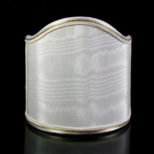 Paralume ventola shantung moire' color avorio con bordura oro.