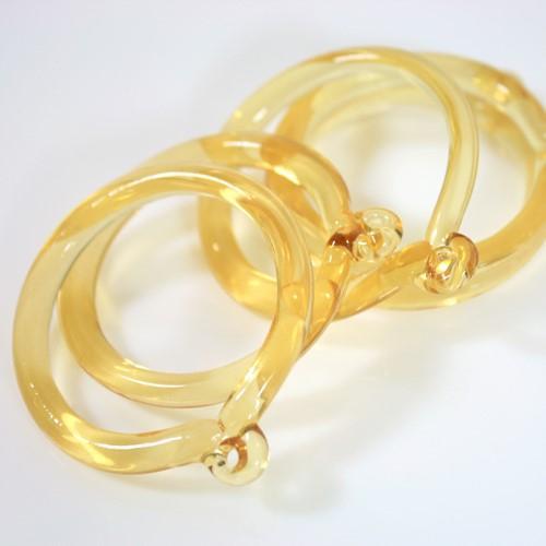 Anello pendente 50 mm vetro di Murano giallo chiaro in fogo