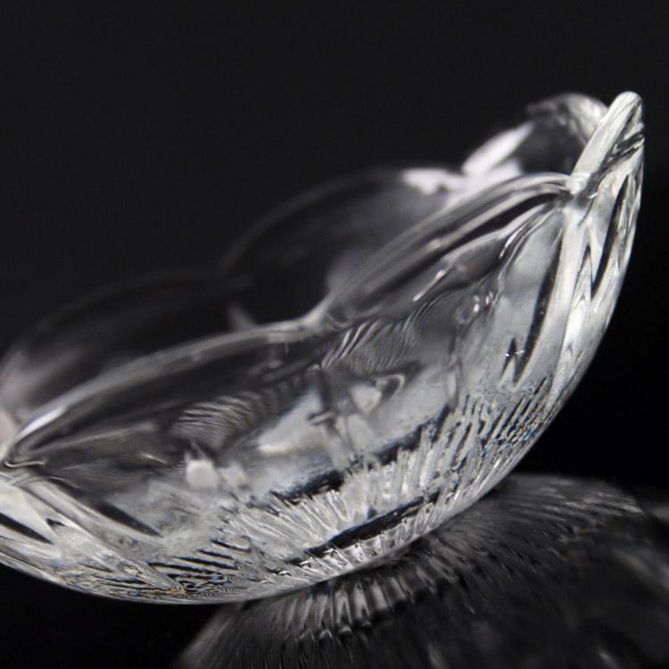 Bobeche coppa antico cristallo Boemia Ø7,5 cm, foro Ø12 mm, 4 fori laterali. Per restauro di illuminazione vintage.