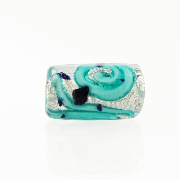 Perla di Murano cilindro Medusa Ø8x20. Vetro verde marino, foglia argento e avventurina blu. Foro passante.