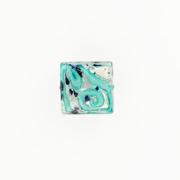 Perla di Murano quadrata Medusa Ø14. Vetro verde marino, foglia argento e avventurina blu. Foro passante.