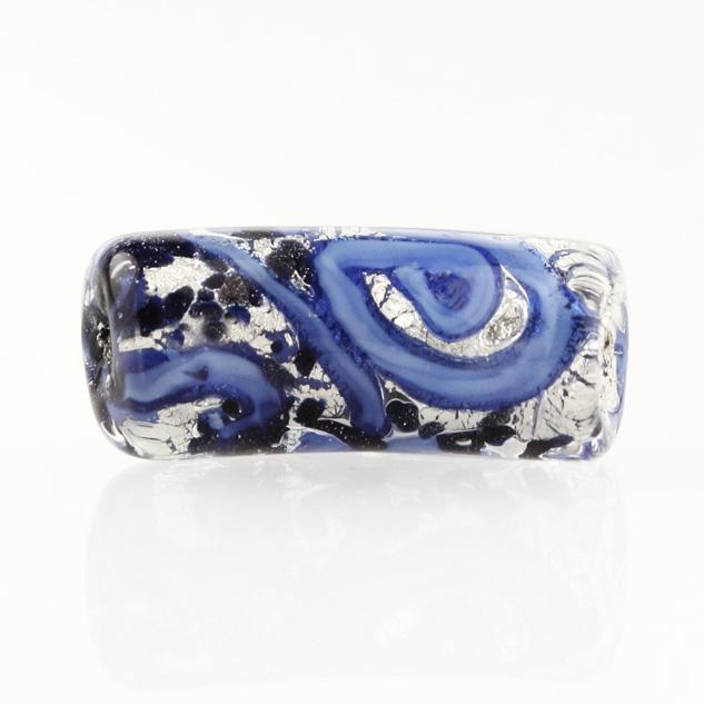 Perla di Murano tubo curvo Medusa Ø9x22. Vetro blu, foglia argento e avventurina blu. Foro passante.