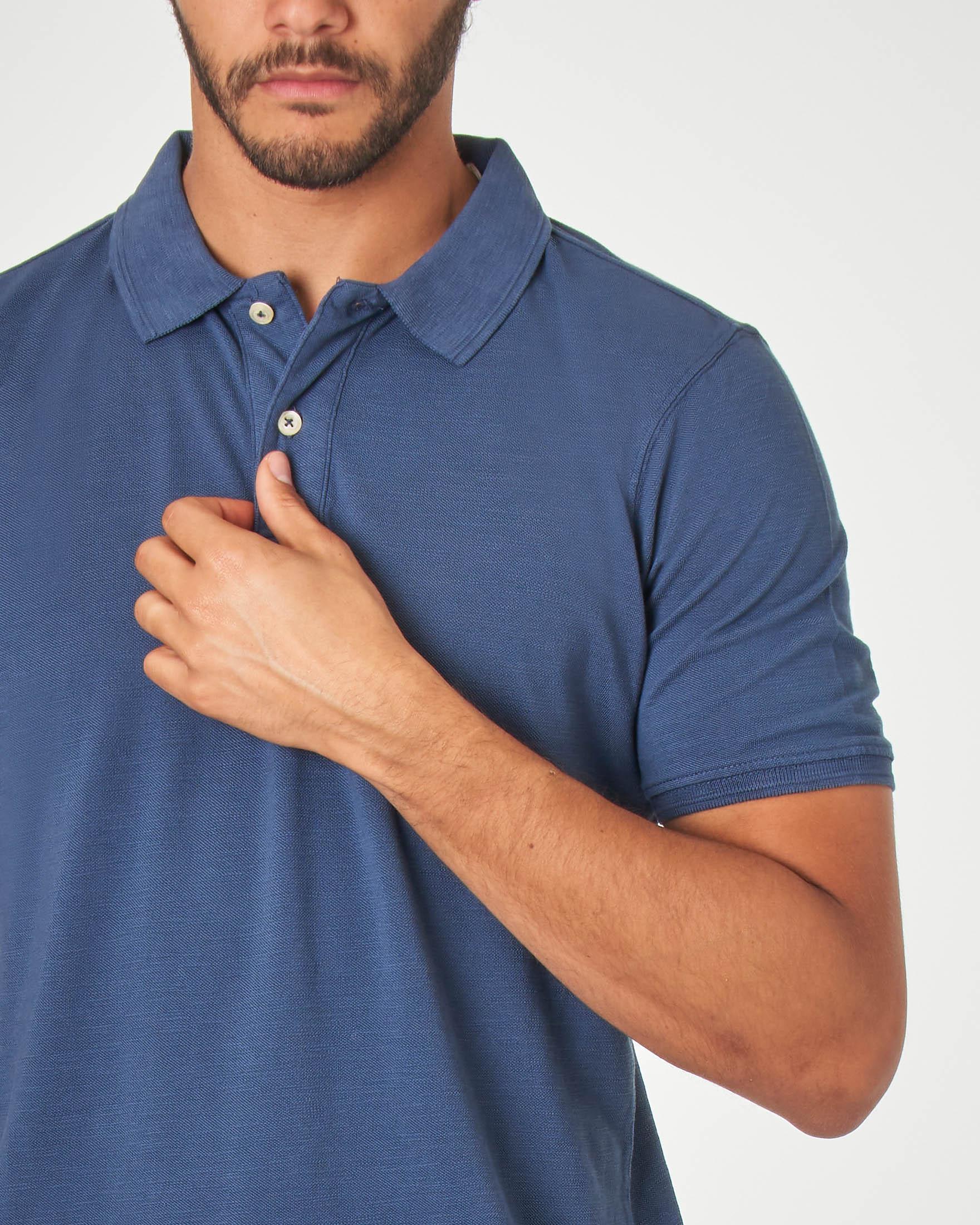 Polo blu indaco in cotone fiammato