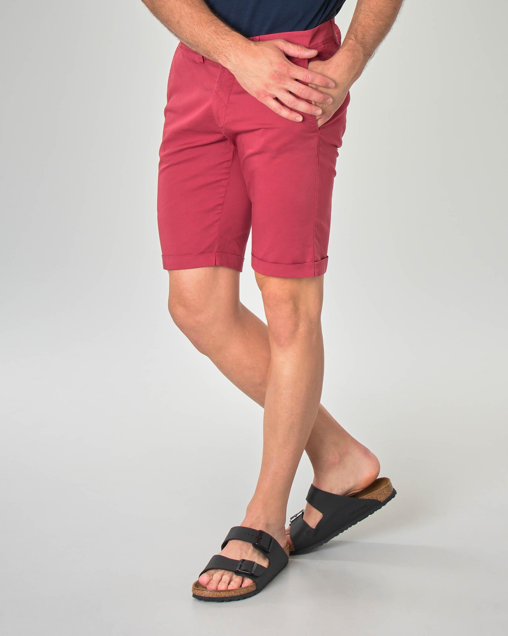 Bermuda chino rosso in gabardina di cotone stretch