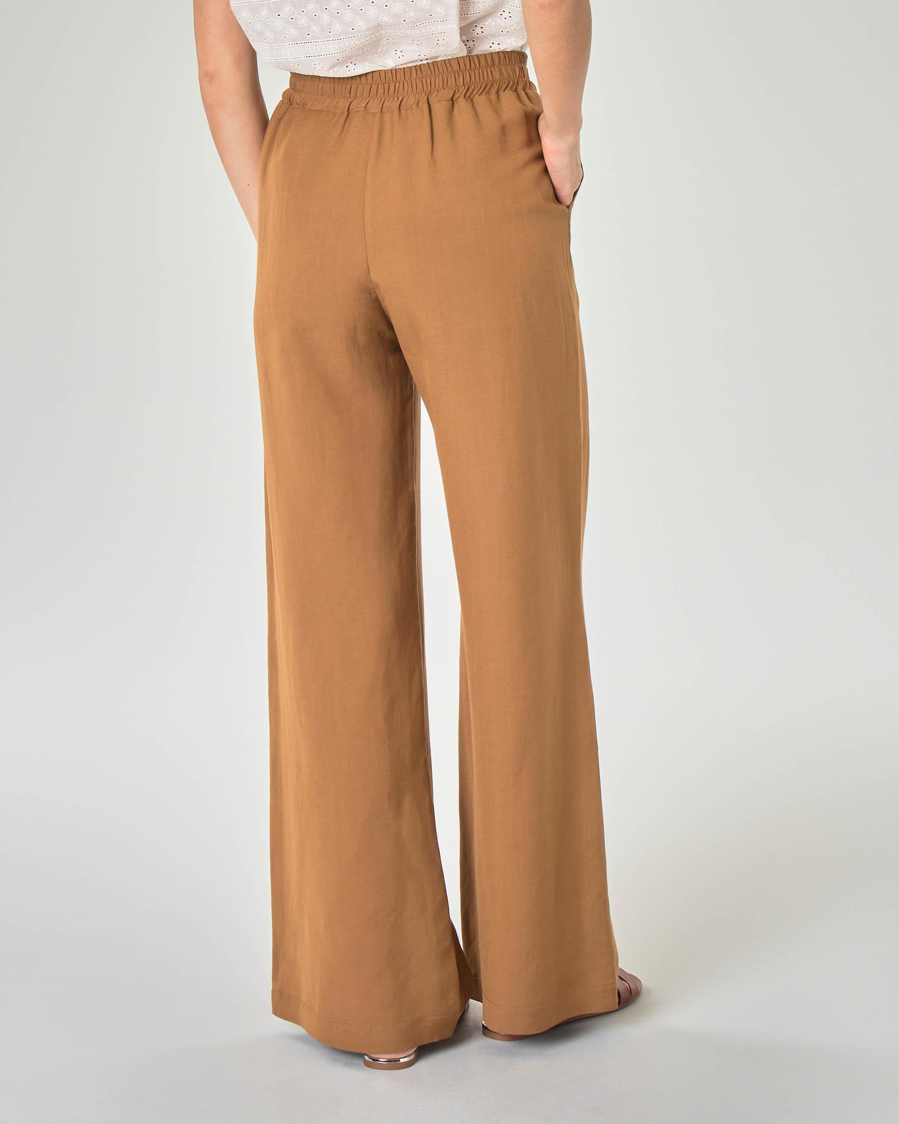 Pantaloni palazzo color cammello in viscosa misto lino