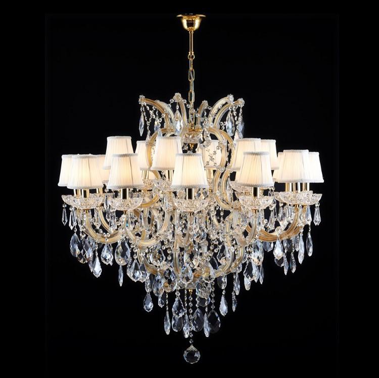 Grande lampadario 15 luci in cristallo stile Maria Teresa con pendagli e paralume
