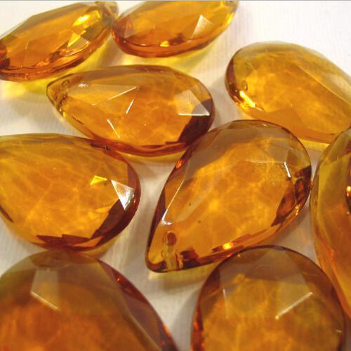 Mandorla 30 mm vetro di Murano ambra in fogo