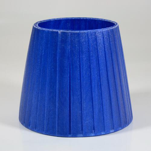 Paralume 14x10x12 cm rivestito in velo siena organza blue. Montatura bianca attacco E14