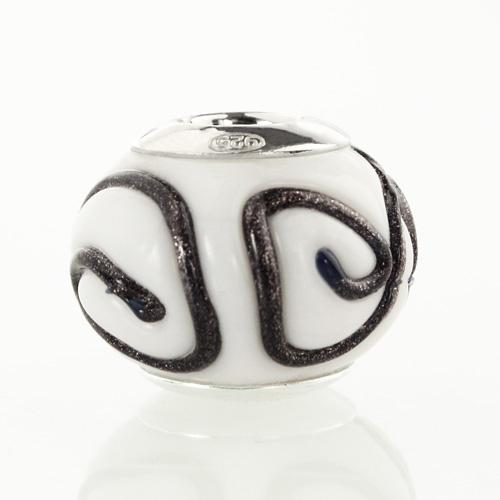 Perla di Murano stile Pandora India Ø13. Vetro bianco e nero. Borchia argento 925. Foro passante.