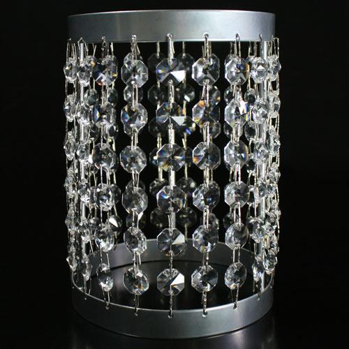 Portacandela lanterna cromo con catene di ottagoni in cristallo Ø12 x h18 cm.