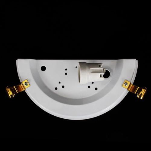 Struttura metallica per applique bianca, con ganci oro e attacco E27.