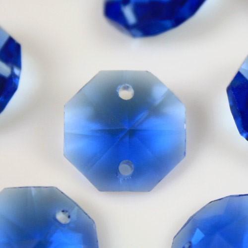 Catena ottagoni 14 mm in cristallo blu, lunghezza 50 cm. Clip ottone.