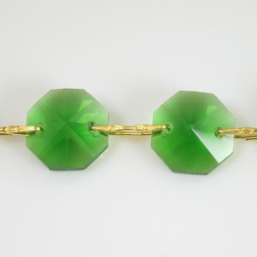 Catena ottagoni 18 mm in cristallo colore verde lunghezza 50 cm, clip ottone.