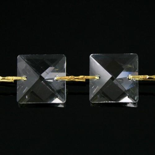Catena quadrucci cristallo 14 mm - lunghezza 50 cm. Colore puro - clip ottone.