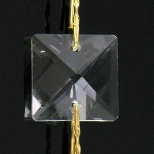 Catena quadrucci cristallo 20 mm - lunghezza 50 cm. Colore puro - clip ottone.