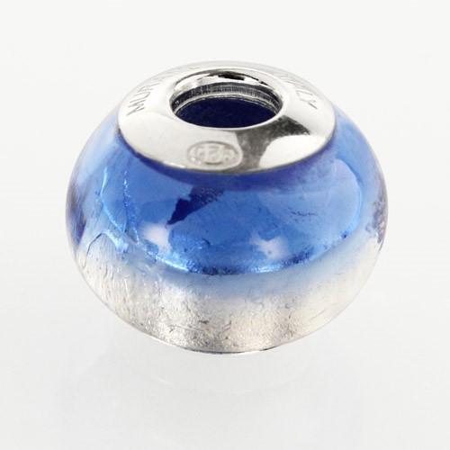 Perla di Murano stile Pandora Bicolore Ø13. Vetro bluino scuro, foglia argento. Borchia argento 925. Foro passante.