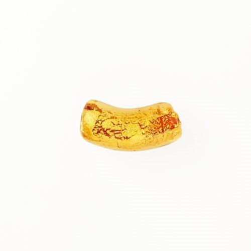 Perla di Murano tubo curvo Sommerso Ø8x18. Vetro ambra foglia oro. Foro passante.