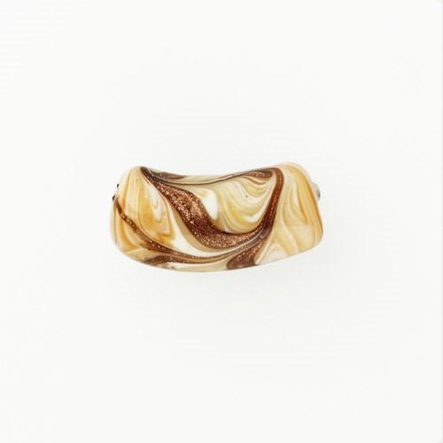 Perla di Murano tubo curvo Fenicio Ø9x23. Vetro ambra, avorio, topazio e avventurina. Foro passante.