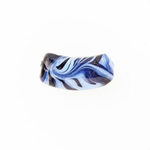Perla di Murano tubo curvo Fenicio Ø9x23. Vetro pervinca, lapis e avventurina blu. Foro passante.