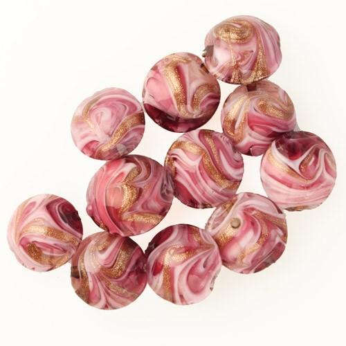 Perla di Murano schissa Fenicio Ø14. Vetro rubino e rosa e avventurina. Foro passante.