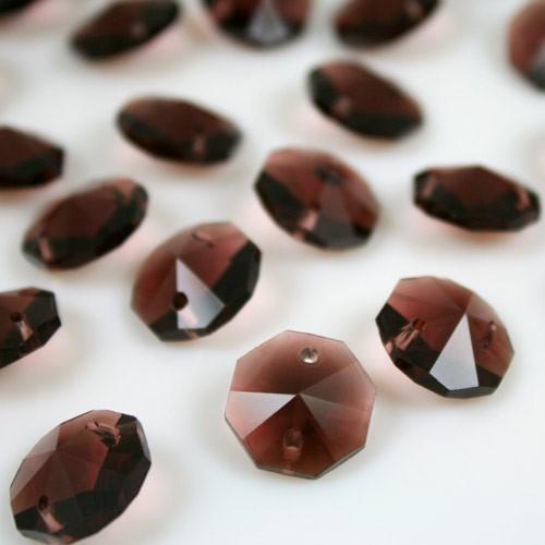 Ottagono 14 mm ametista scuro vetro cristallo molato 16 facce 2 fori.