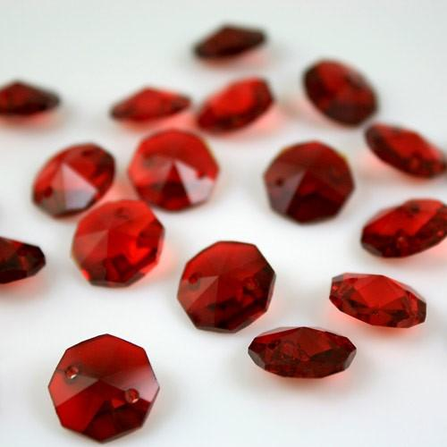 Ottagono 14 mm rosso vetro cristallo molato 16 facce 2 fori.