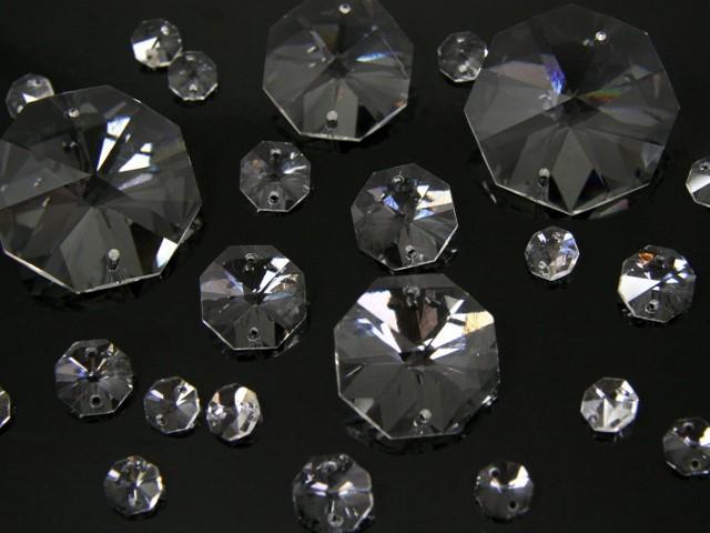 Ottagono 36 mm trasparente puro cristallo vetro molato 2 fori 16 facce