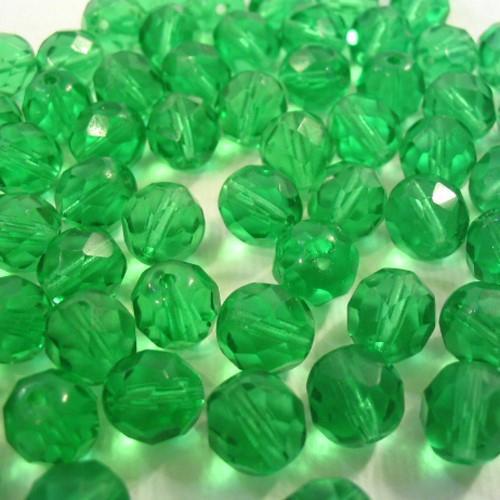 Perla sfaccettata 8mm mezzo cristallo verde smeraldo